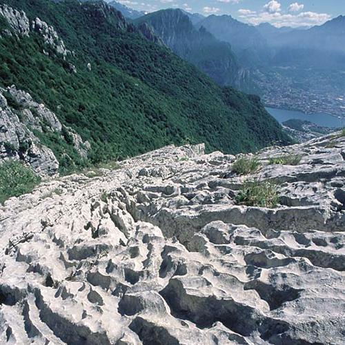Sentiero geologico Giorgio Achermann in Val Ravella
